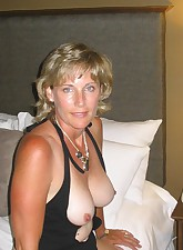 tanned milf pics