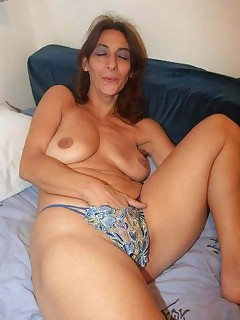 soccer mom cumshot pics