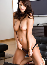 Playboy Sexy Wives pic 6
