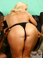 Blacks On Cougars pic 9