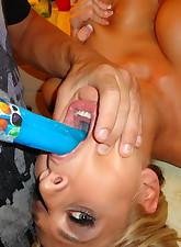 Deepthroat Love pic 3