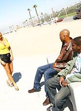Blacks On Cougars pic 1