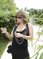 MILF Lessons pic 4