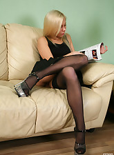 Lacy Nylons pic 2