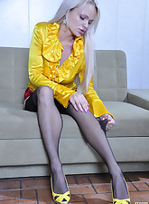 Lacy Nylons pic 17