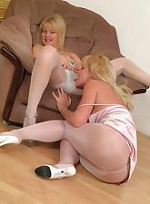 Panty Moms pic 12