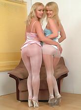 Panty Moms pic 2