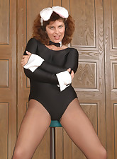 Panty Moms pic 4