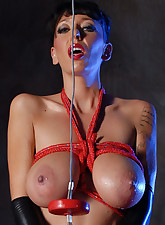 Alia Janine Uncensored pic 15