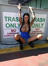 Angelina Valentine pic 2