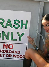 Angelina Valentine pic 9