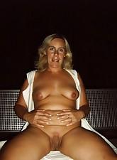 Fat Amateur MILF pic 3
