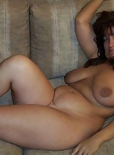 Fat Amateur MILF pic 1