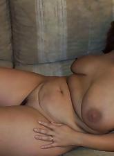 Fat Amateur MILF pic 2