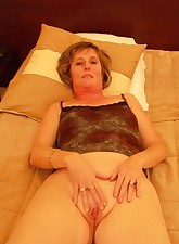 Toy Time MILF pic 2
