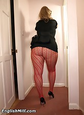 English MILF pic 11